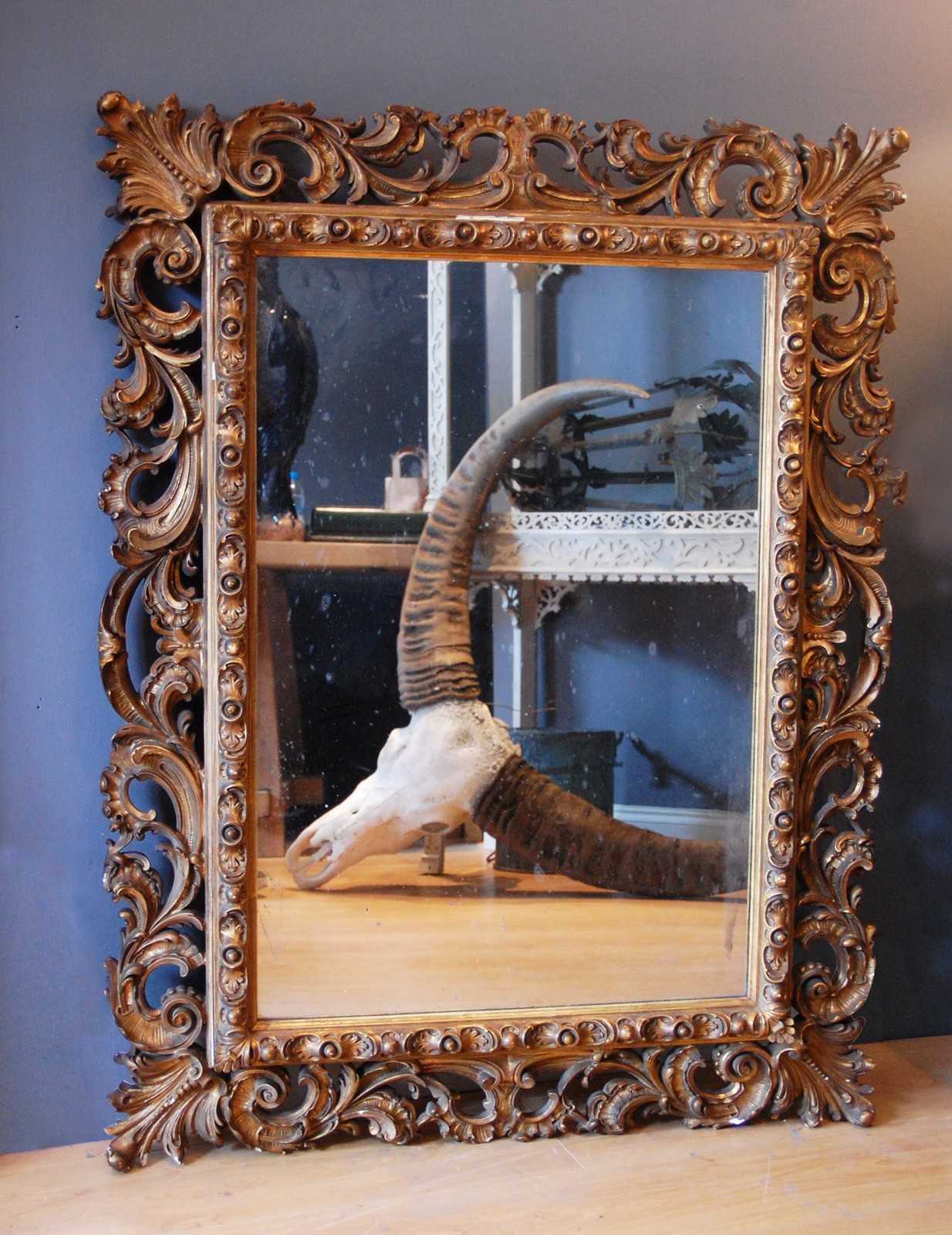 Rococo style english gilded frame with mirror decorative for Rococo style frame